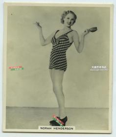 民国时期女演员Norah Henderson诺拉·亨德森泳装银盐照片一张