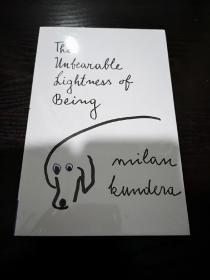 生命中不能承受之轻英文版,米兰昆德拉,书角如图破损,无笔记无划线,包邮,图片是实拍,收到即看到