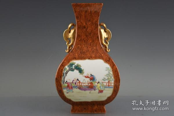 清乾隆木纹釉开光珐琅彩描金诗文婴戏图双耳扁瓶