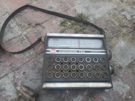 红灯牌收音机