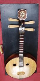 八九十年代的阮樂器一把,品相如圖所示