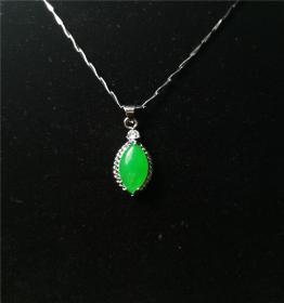S925纯银吊坠,S925纯银玉石吊坠,新潮锁骨吊坠,纯银绿翠玉吊坠,技艺精湛可遇不可求的戒指神品值得收藏和佩戴