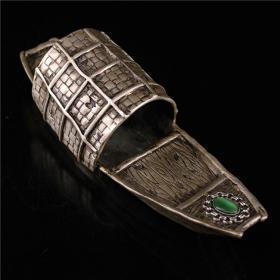 铜鎏银镶嵌宝石小船笔洗