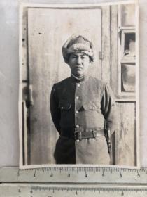 民国抗战时期戴皮帽的日本鬼子老照片