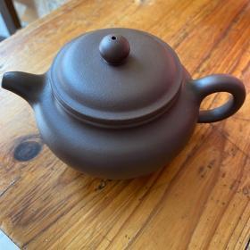 宜兴紫砂壶全新未使用。01919