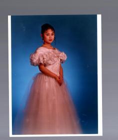 彩色美女照片八张。17.5x12.5cm。