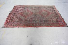 新疆民族手工老地毯【长2.60米宽1.55米】