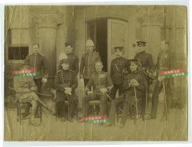 清代大约1890~1900年左右,欧洲各国军事将领合影中幅蛋白照片,18.9X14.1厘米