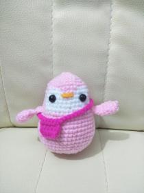 钩针玩偶成品 粉色小企鹅