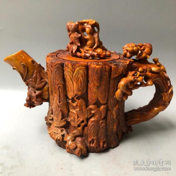 鹿角松鼠葡萄酒壶(孙多福寿)长28厘米,宽14.5厘米,高20厘米重2380克