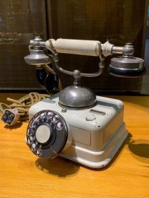 丹麦古董电话