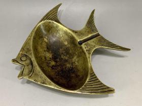 沙俄时期,手刻大个铜燕鱼文房笔舔