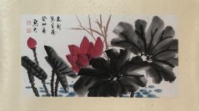 张默君(1883-1965),女,原名昭汉,字漱芳,英文名莎非亚,湖南省湘乡县人。中国民主革命家,妇女运动先驱,中华民国教育家,记者。著有《白华草堂诗集》、《默君诗草》二卷。其所著书刊已印行出版的计有《中国政治与民主哲学》、《宪政评论》、《中国古玉与历代文化之嬗晋》、《中国文学源流与历代书法之演进》、《邵翼如先生遗墨》、《玉渫山房遗墨》、《大凝堂集》等。