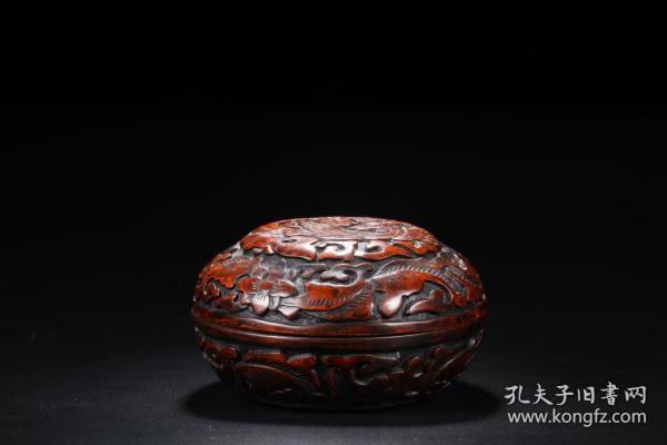 舊藏 漆雕鳳紋花卉蓋盒