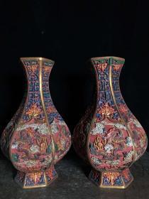 彩繪漆器六棱花瓶一對,高26厘米