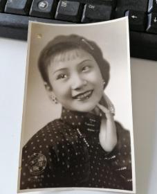 民国美女明星许曼丽