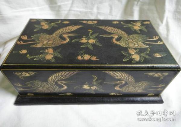 風紋老漆器盒