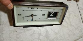 上海鉆石牌長方形機械鬧鐘