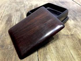 民國,上海老商號,雷萬興木器號出品的大紅酸枝獨木整料挖,煙具盒,文房盒