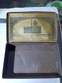 (箱27)民国 东方烟草公司,LE CLOU牌,100支装铁广告烟盒,品差,15*9*4cm