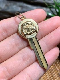 欧洲老货,私人定制的,14k金甲壳虫老爷车钥匙