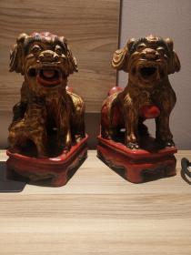 威武霸气,雕工一流清代早期木雕狮子一对