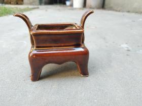 酱红釉小琴炉