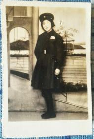 1950年元旦上海军医大学女兵老照片