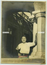 民国1940年左右驻扎在天津一带的日军助广部队长坂队士兵在驻地留影老照片