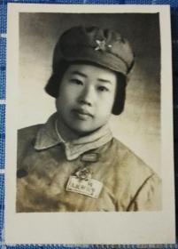 1955年华东军区漂亮女兵老照片