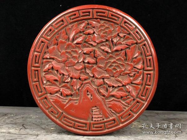 剔紅漆器首飾盒高7cm    直徑17cm