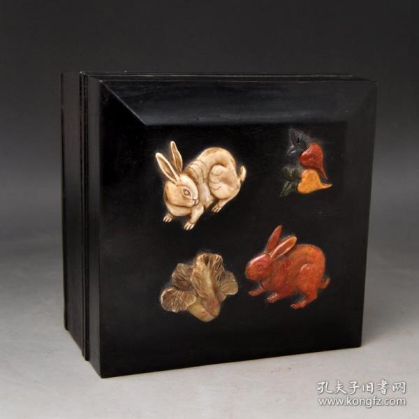 紫檀百寶嵌小白兔首飾盒