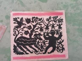孩童逐鹿剪紙 附在純手工草紙上 萌寵又吉祥