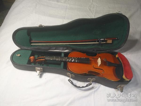 4分之1小提琴