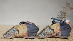 清代三寸金莲绣花鞋