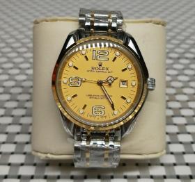 二手转让,劳力士男款手表  能正常使用,重量145g