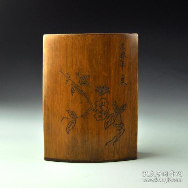 竹雕花鳥筆筒