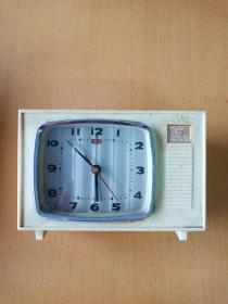 懷舊收藏: 上海鉆石方形鬧鐘