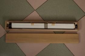 回流字画 回流书画 佛教 崖上观音 绢本 立轴  木箱 木盒 日本回流字画 日本回流书画