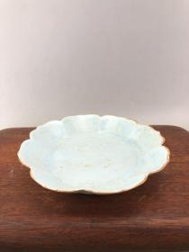 蓝釉素面花口瓷盘 A3689
