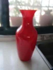 珊瑚红老玻璃花瓶