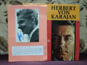 """【""""指挥帝王""""赫伯特·冯·卡拉扬(Herbert von Karajan,1908年4月5日-1989年7月16日) 亲笔签名 黑白肖像照片一张 12*18厘米】附赠卡拉扬黑胶唱片一张:卡拉扬精选集 卡拉扬指挥伦敦爱乐/柏林爱乐 演绎 莫扎特 海顿 李斯特 斯美塔那的作品 德版HMV大狗标 1C-065 1007371 立体声黑胶LP,超值!"""