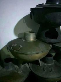下乡收的老铜火锅,保存完好品相一流全品包老,正常使用550一个