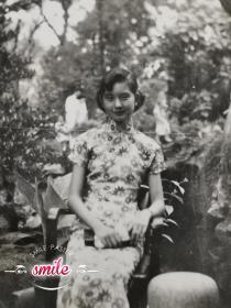 民国旗袍美女照片