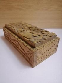 手工雕刻实木盒子