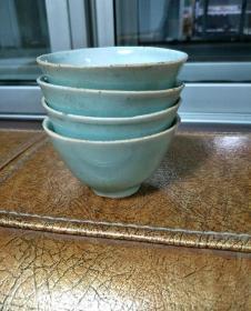 四个豆青茶盅15714