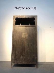 清代 大漆 万历柜  品好 铜件齐全,藏书用书柜。 尺寸:94/57/190高