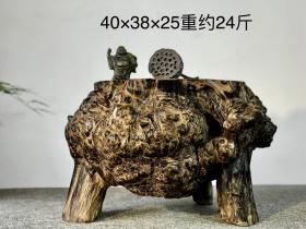 禅意摆件:黄檀木三足根瘤,随形而作,三足鼎立,树瘤疤纹漂亮,自然灵性 尺寸40/38/25重约24斤