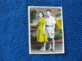 五十年代夫妻彩照