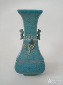 蓝釉柴瓷瓶